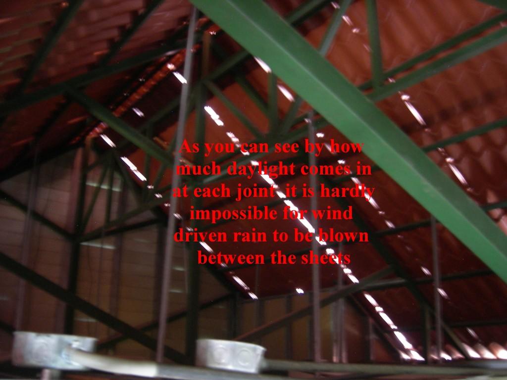 Metal Roof Installed Incorrectly - Zinc Teja Metalco con malo instalacion, Escazu Costa Rica
