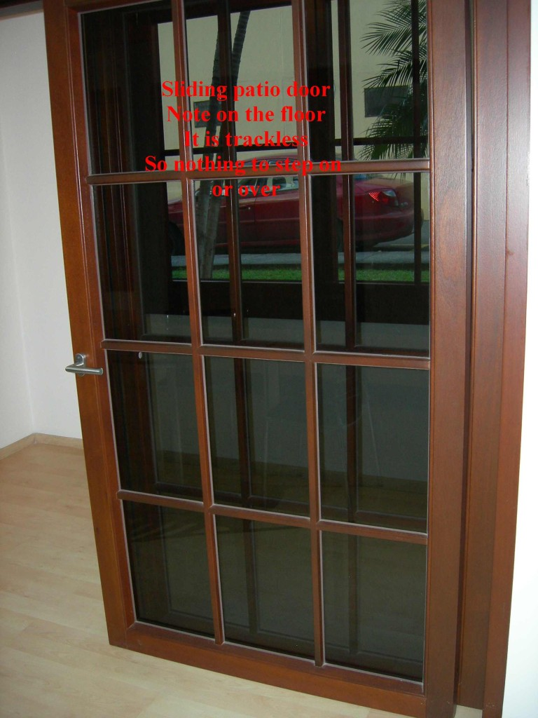 High quality patio door trackless German hardware, Montaña Paraiso, Escazu, Costa Rica