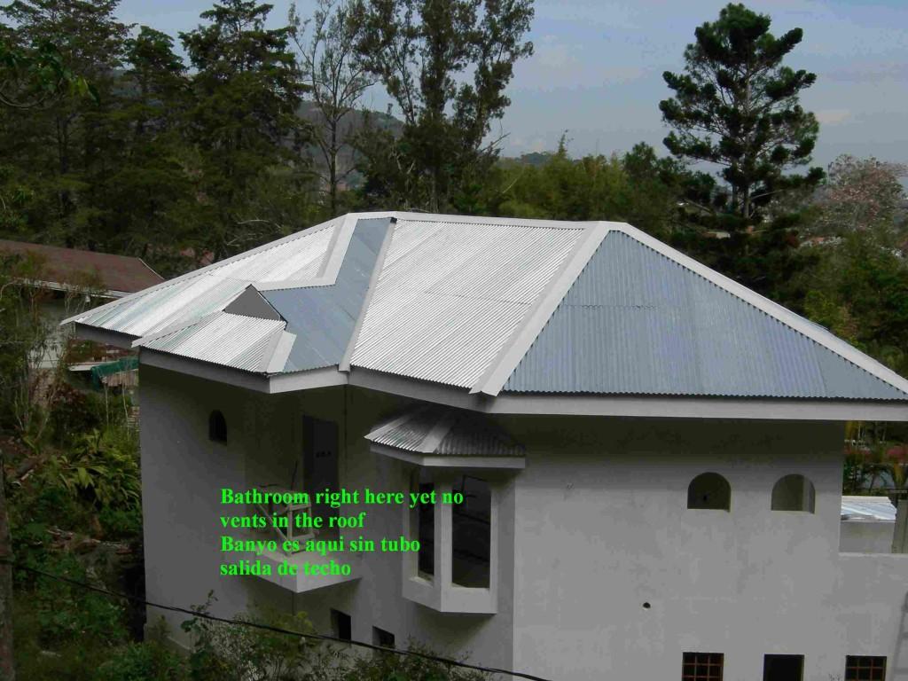 Large New Home no vents, note the metal awaiting a Tile cap - Casa Grande nuevo sin ventilacion tubos, Montaña Paraiso, Escazu, Costa Rica