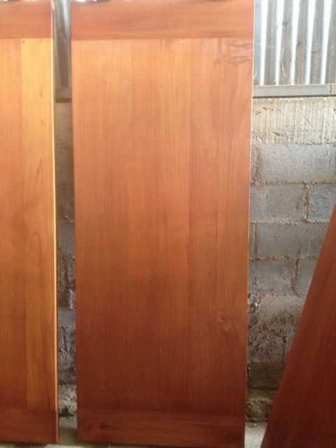Laminated cedro door