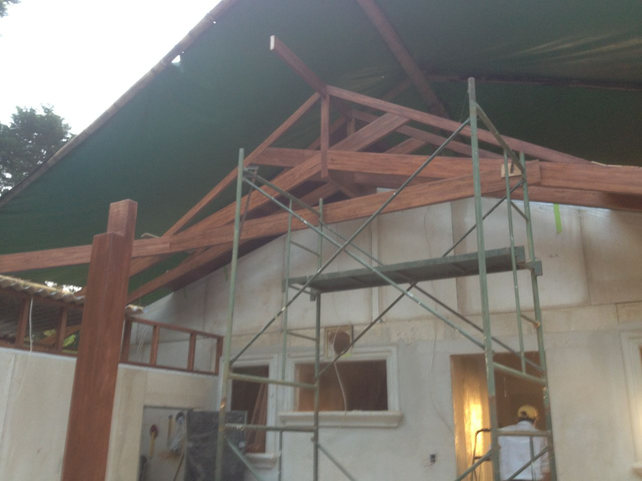 Dutch Gable up