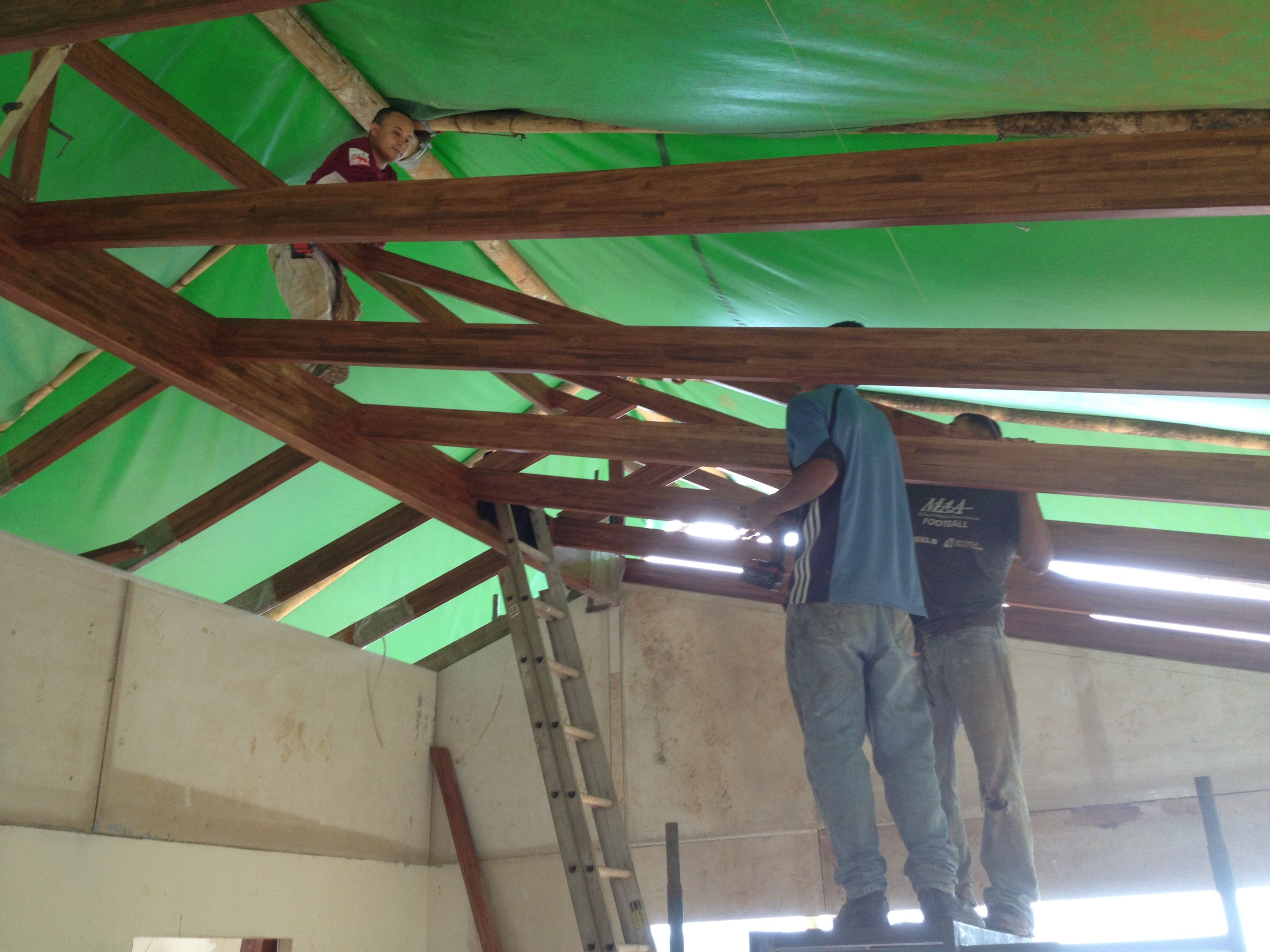 Installing dutch gable rafters