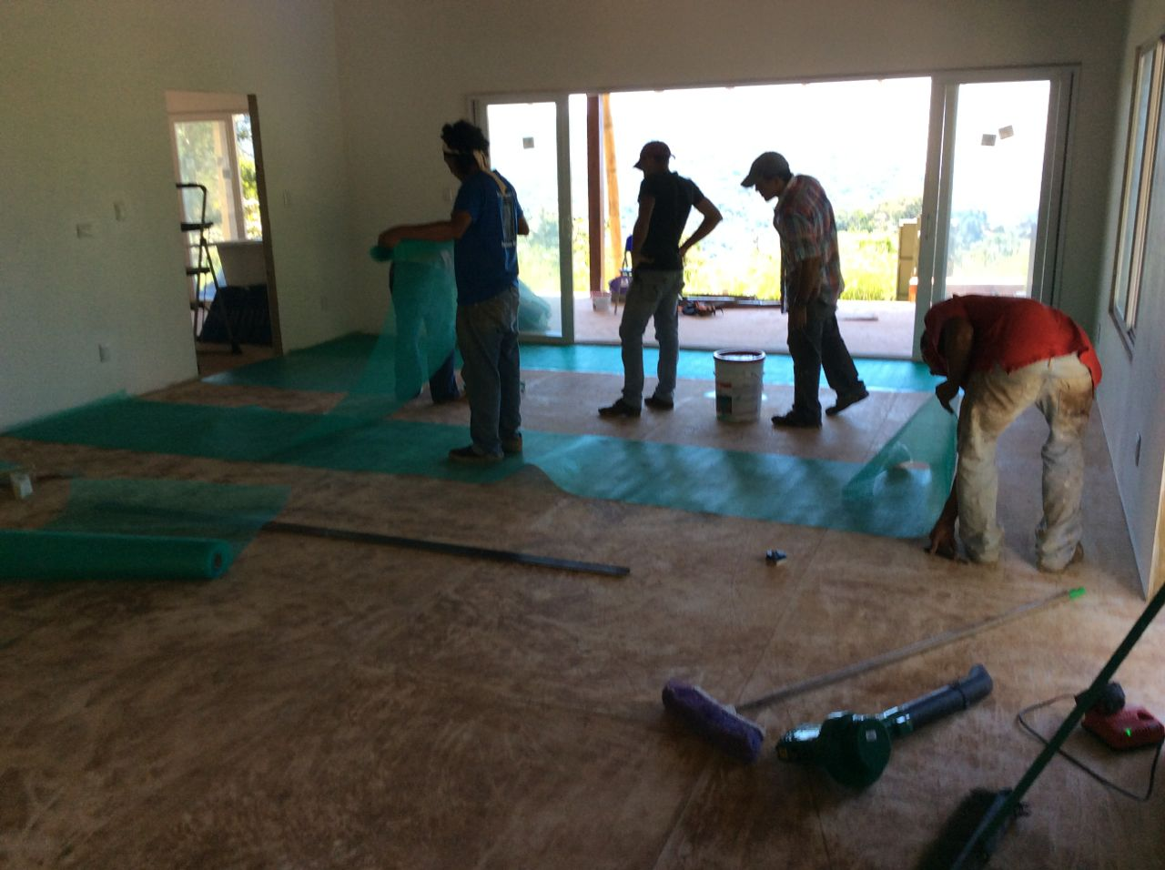 rolling out floor mesh