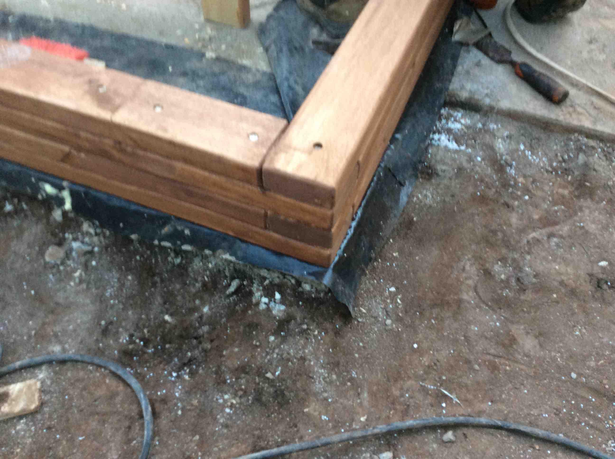 Step corner interlace