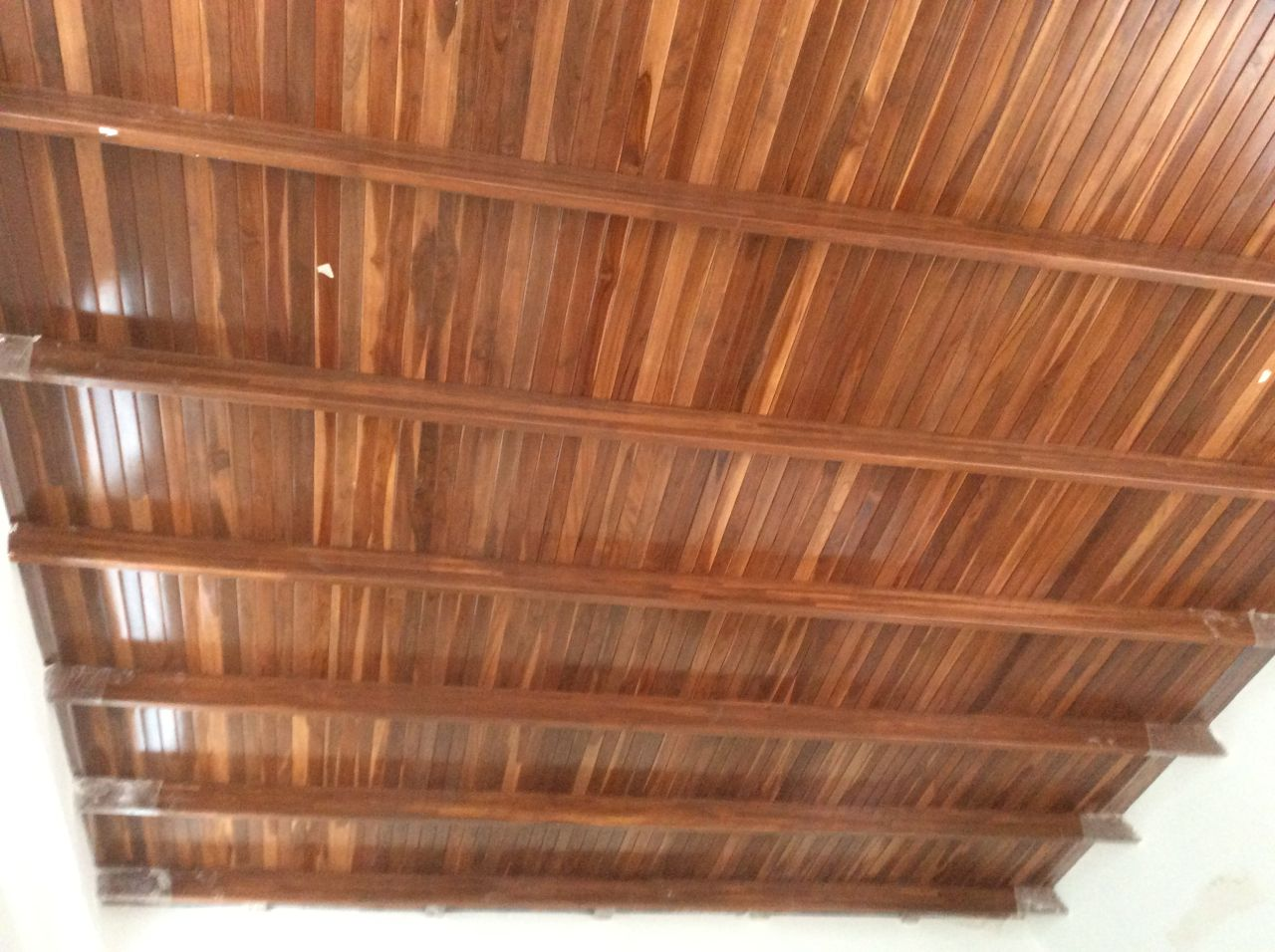 Living room ceiling complete